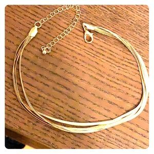 NWOT Multistrand gold layered choker